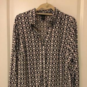 Lane Bryant 14/16 black/white pattern blouse